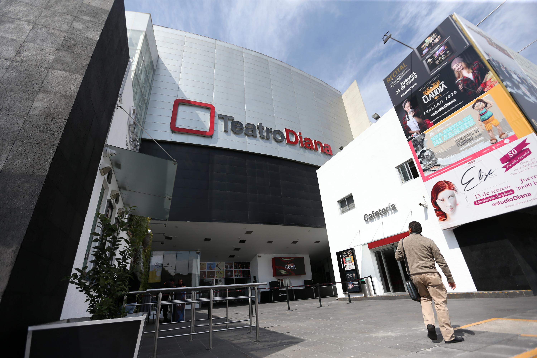 Fachada de el Teatro Diana