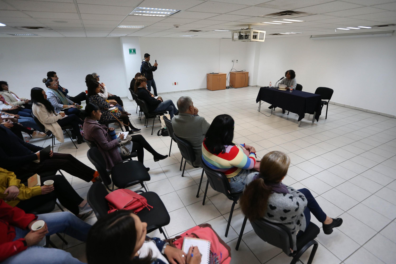 """La conferencia """"Reproducción de la violencia y cambios culturales"""", impartida para estudiantes del doctorado en Ciencias Sociales, del Centro Universitario de Ciencias Sociales y Humanidades (CUCSH)"""