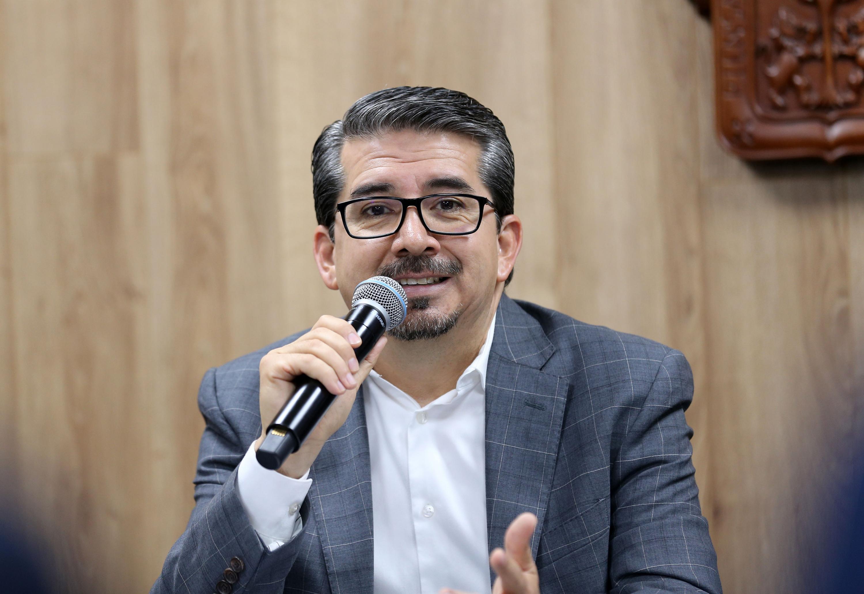 El titular de la CGSU, maestro José Alberto Castellanos Gutiérrez