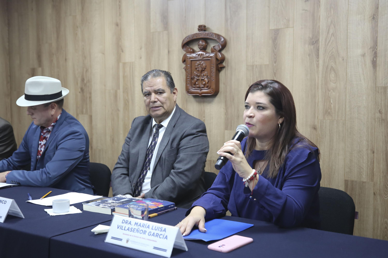 La Secretaria de la División de Artes y Humanidades, doctora María Luisa Villaseñor García, en uso de la voz
