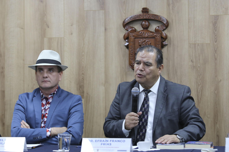 El Director del Instituto de Investigaciones Estéticas, doctor Efraín Franco Frías, en uso de la voz