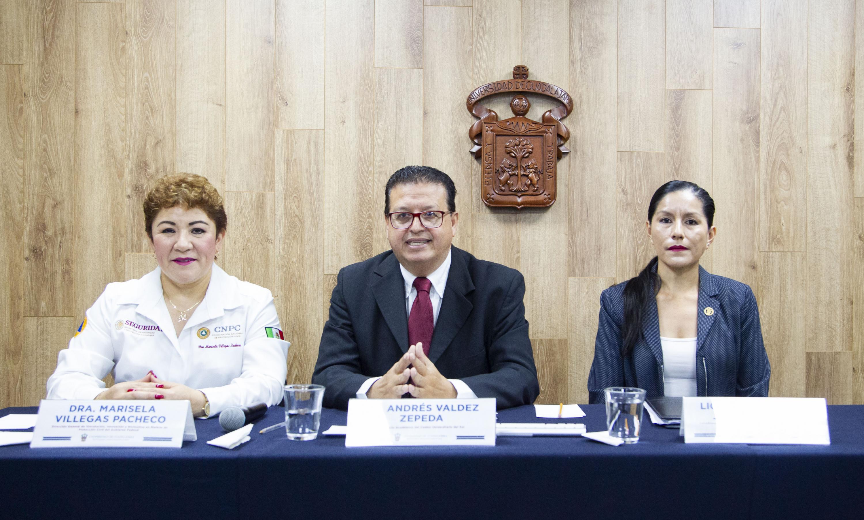 """Participantes ala rueda de prensa para dar a conocer la Segunda  Feria Universitaria de Protección Civil """"Por tí, por mí, por todas y todos"""""""
