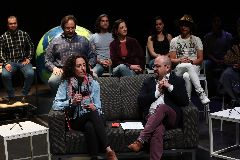 Participantes a la rueda de prensa, que tuvo lugar en el Conjunto Santander de Artes Escénicas , tras la representación de un fragmento de la obra para medios de comunicación
