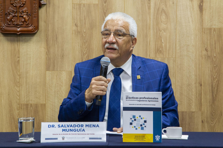 El director de la División de Ciencias Agronómicas del plantel, doctor Salvador Mena Munguía