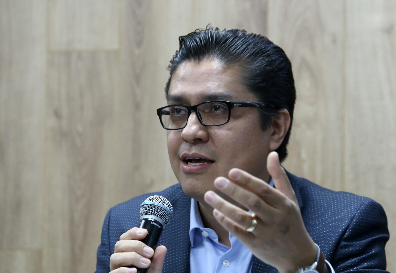 El Rector del CUCS, doctor José Francisco Muñoz Valle, en uso de la palabra