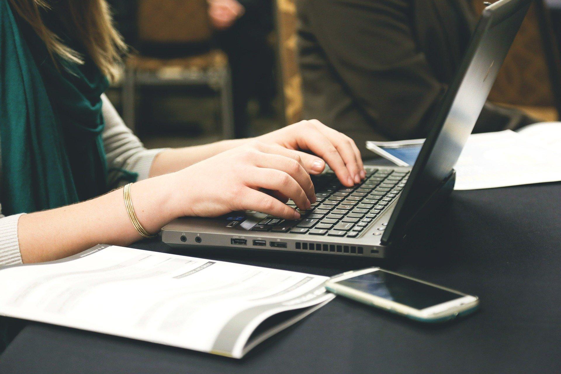 Del 22 de abril al 22 de mayo estará abierto el periodo de registro para las siete maestrías en línea de UDGVirtual