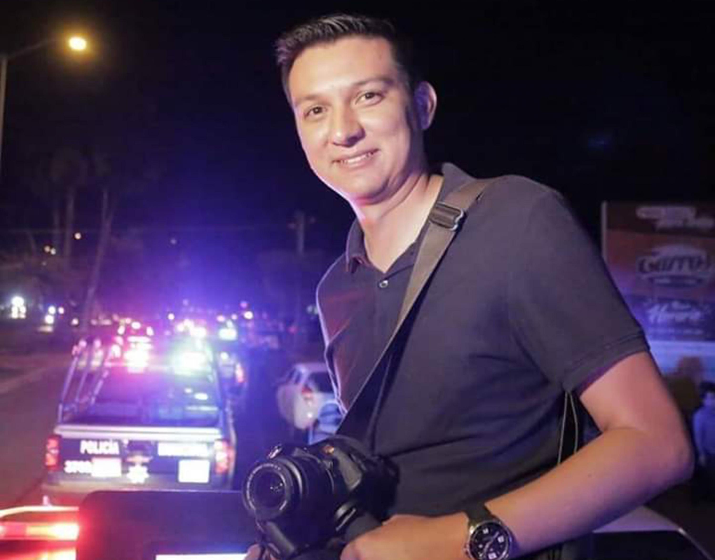 El estudiante de la Maestría en Periodismo Digital, Jesús Bustamante Rivera