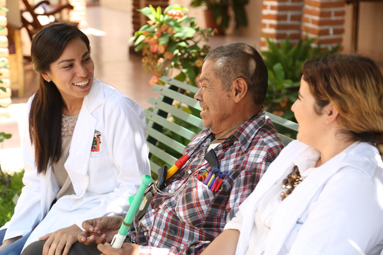 Seminario virtual en Comportamiento y Salud del CUValles, abordó el tema de los cuidados y la atención del adulto mayor