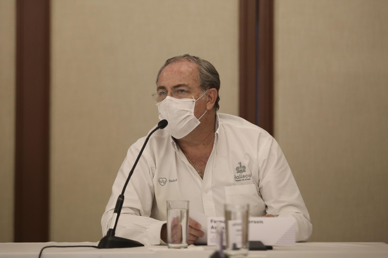 En conferencia de prensa con los miembros de la Mesa de Situación en Salud del CUCS, realizada en Casa Jalisco