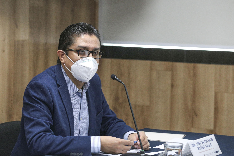 El doctor José Francisco Muñoz Valle, Rector del Centro Universitario de Ciencias de la Salud (CUCS)