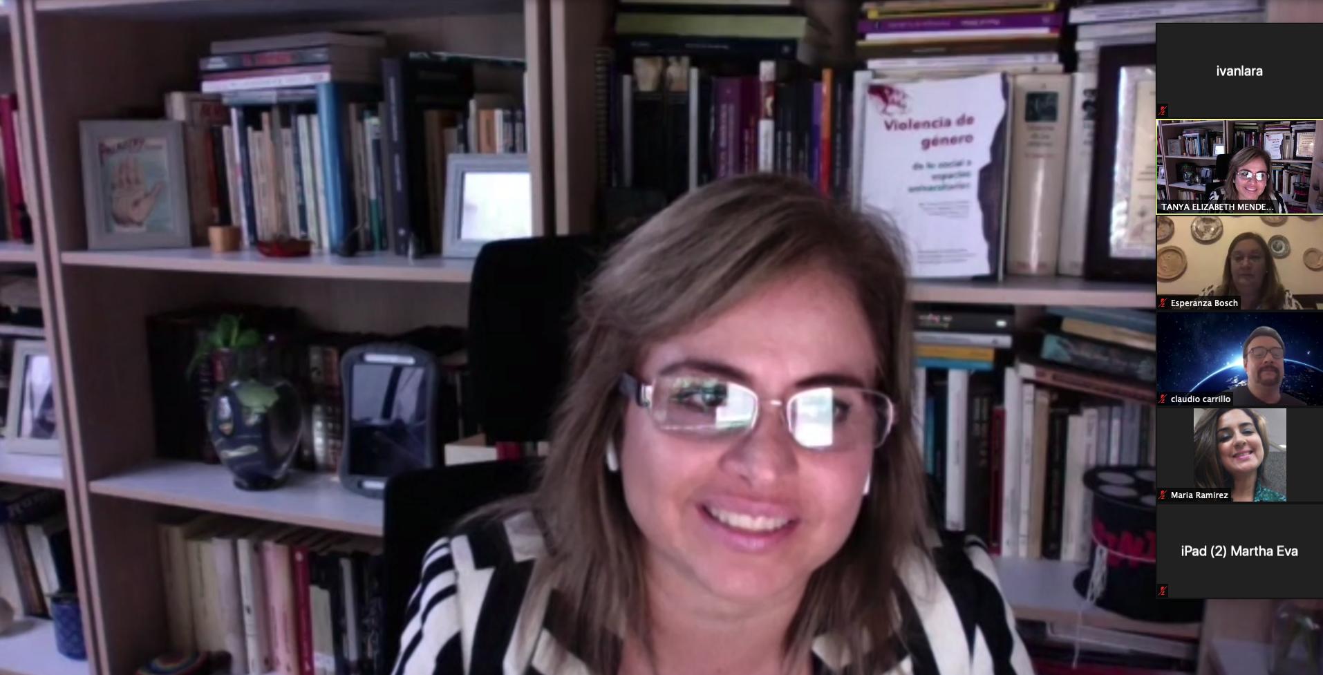 Investigadores analizan las agresiones a las mujeres en los ámbitos social y universitario