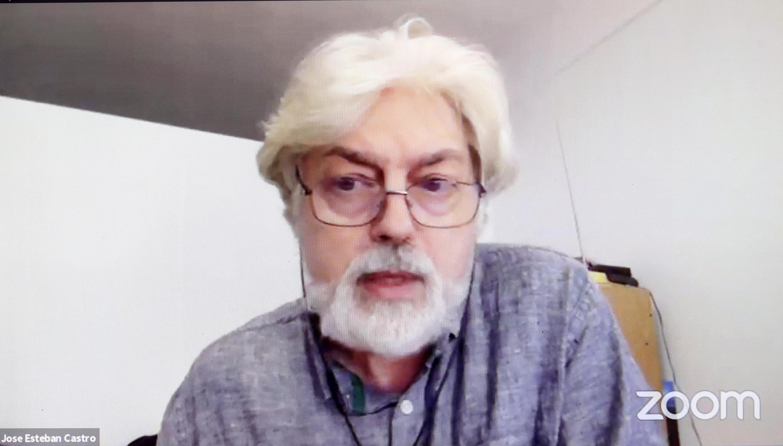El Coordinador de la Red Waterlat-Gobacit, doctor José Esteban Castro