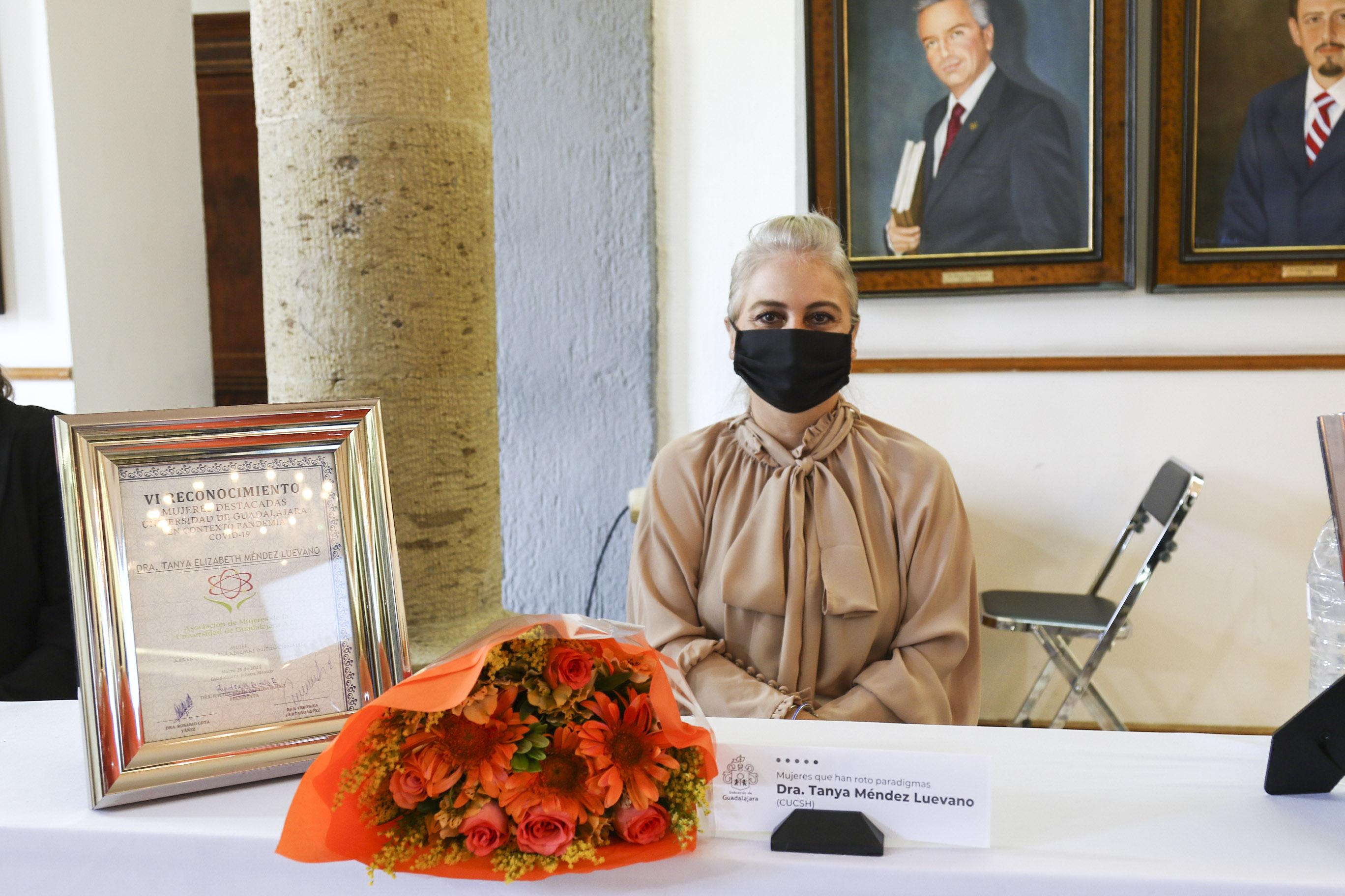 La ceremonia se realizó en la Sala de Expresidentes y Expresidentas del Ayuntamiento de Guadalajara