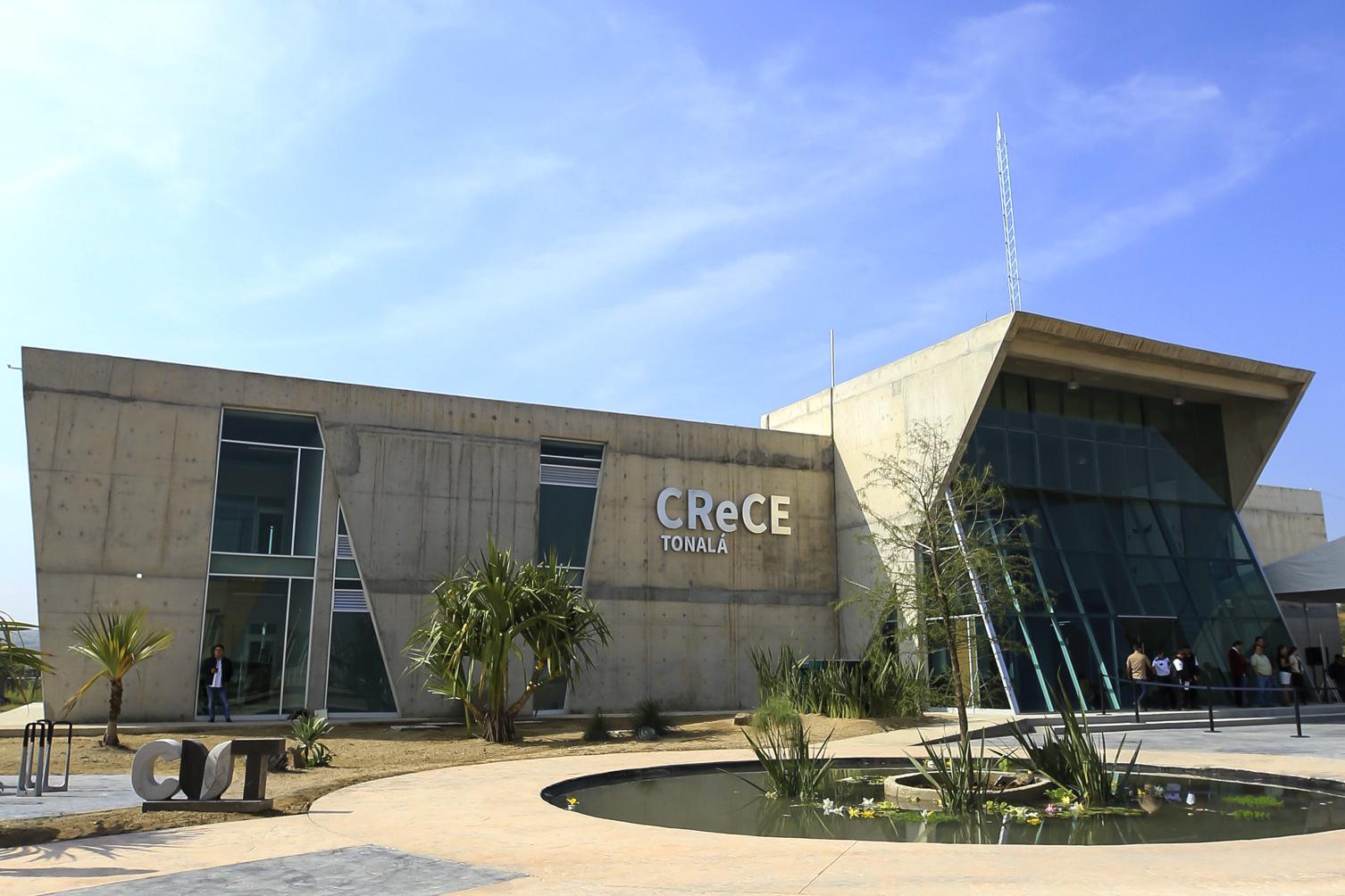 Fachada de la nueva sede del CReCE en CUTonalá