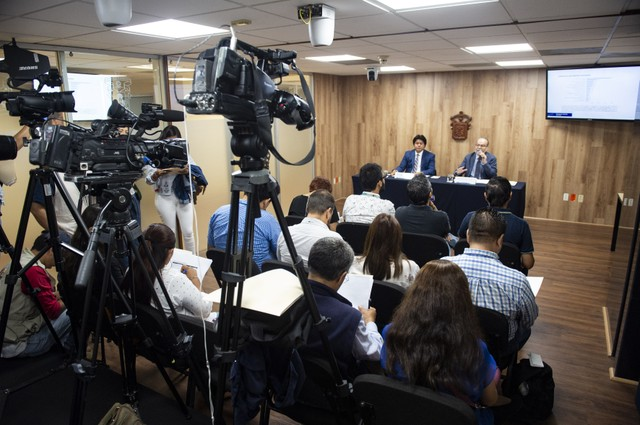 Rueda de prensa para anunciar el Aumento del número de aspirantes admitidos a la UdeG