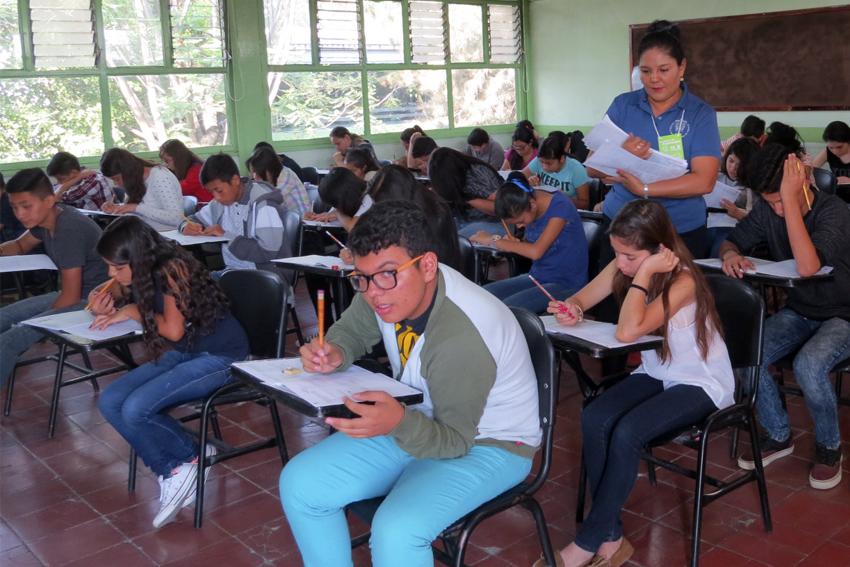 Estudiantes de SEMS