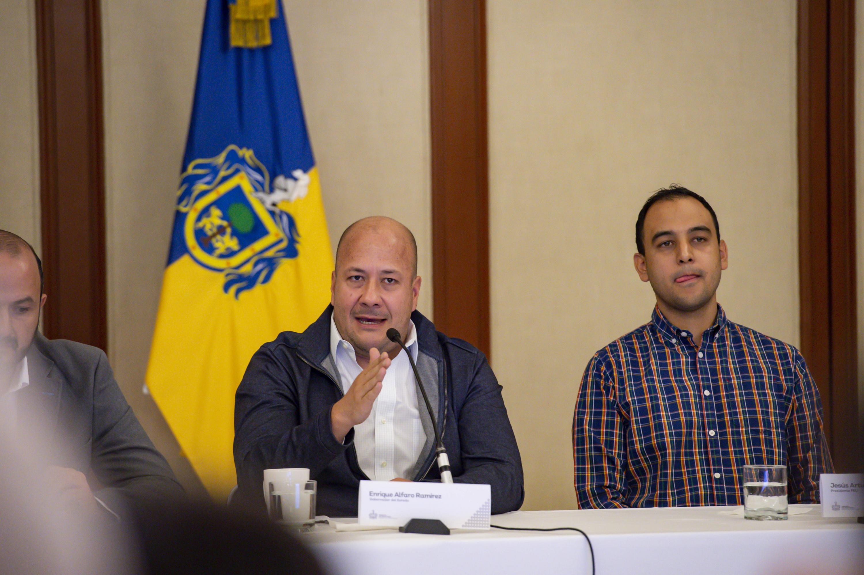 El Gobernador de Jalisco, maestro Enrique Alfaro Ramírez, participando en rueda de prensa