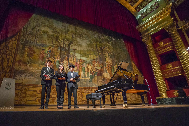 Los jóvenes Ángel Gabriel López López, Martha Bárbara Prado Hernández, Jesús Enrique García Gómez ganadores del Concurso Nacional de Piano