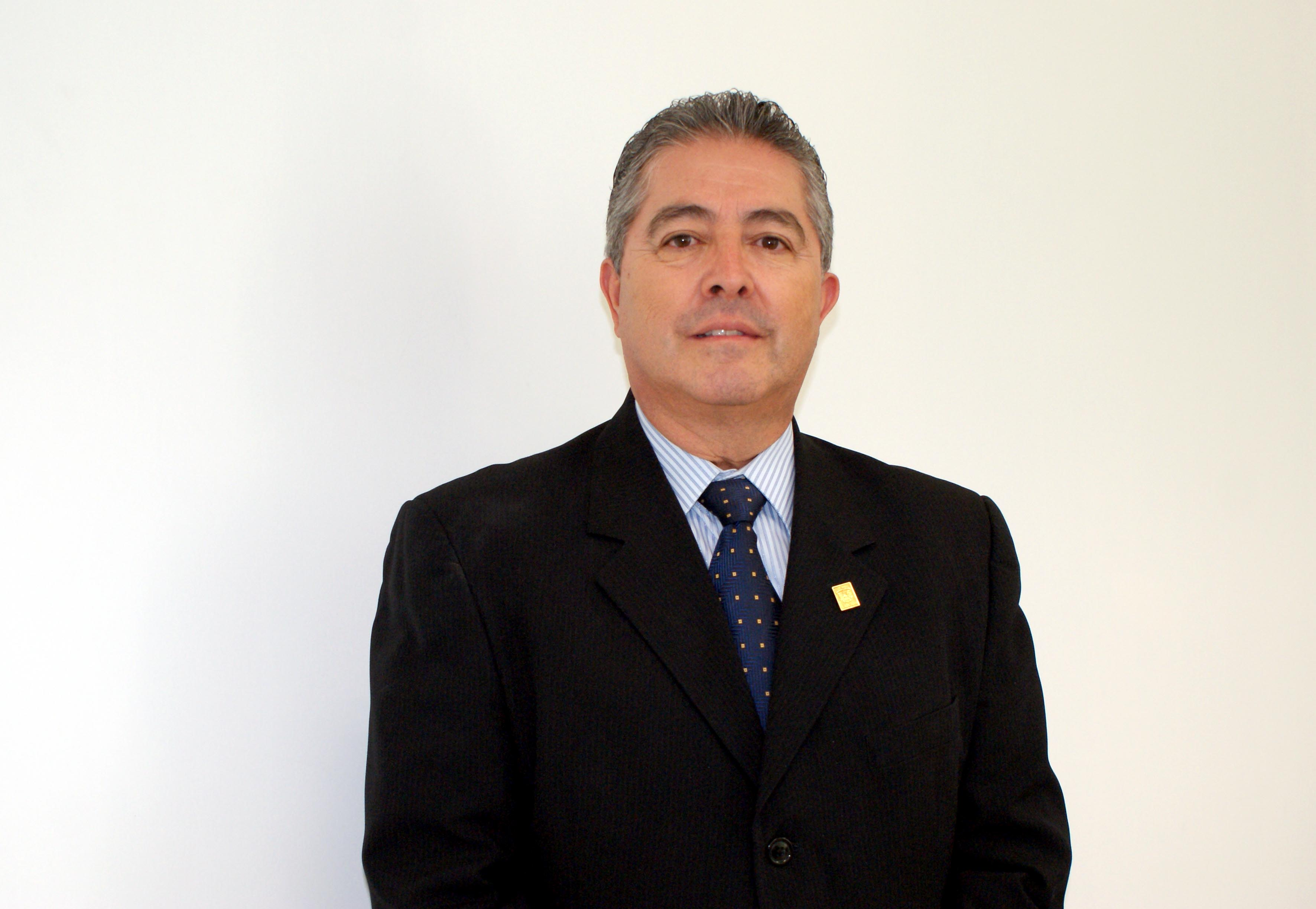 Dr. Carlos Beas Zarate  candidato a Rector del CUCBA