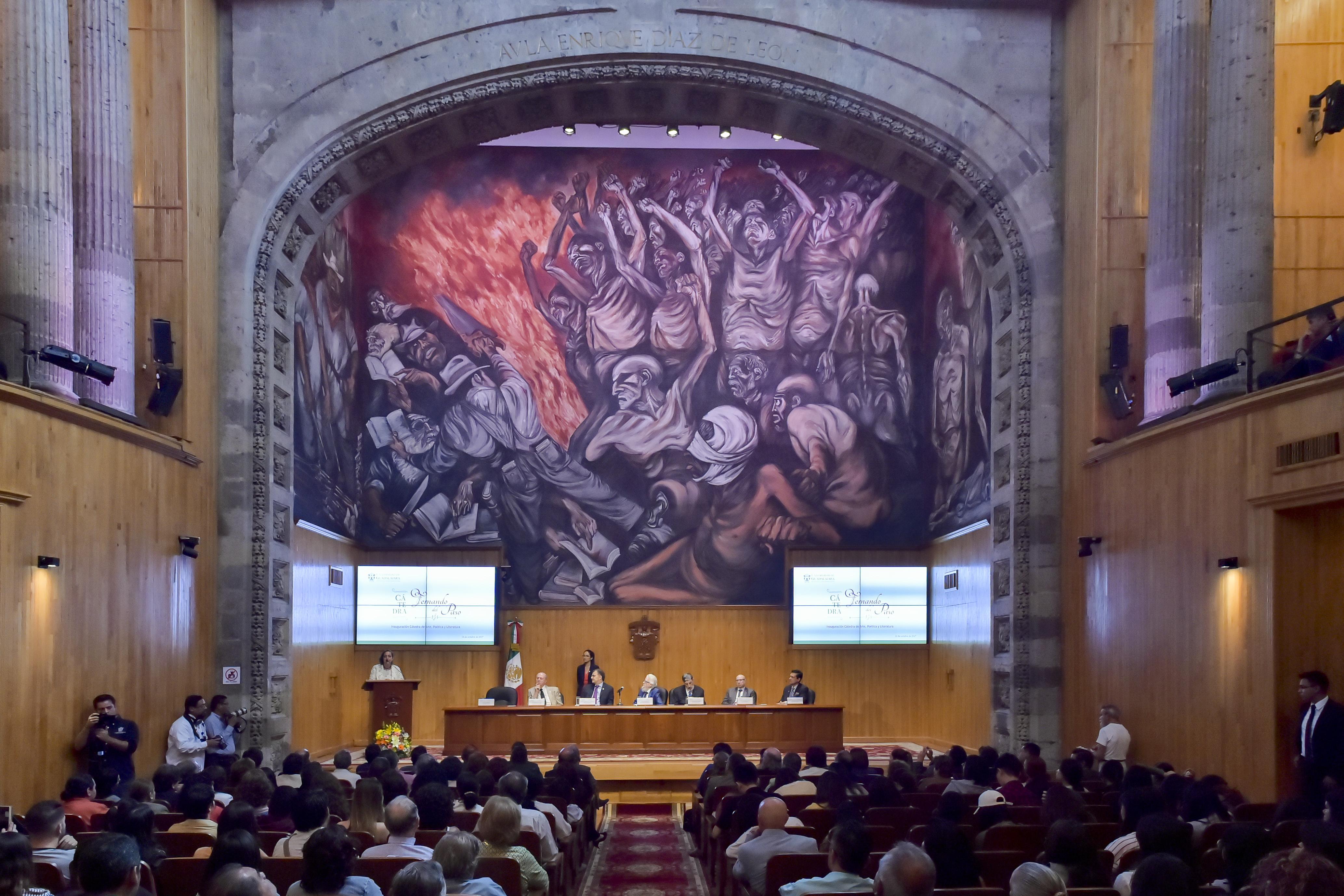 """Inauguración de la cátedra de Arte, Poética y Literatura """"Fernando del Paso"""" en el paraninfo Enrique Diaz de Leon"""