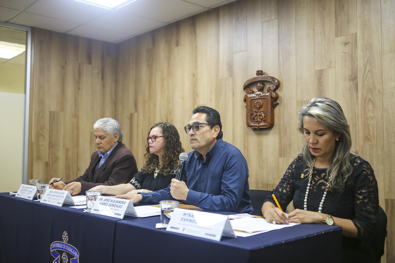 Los funcionarios de CUSur en la rueda de prensa