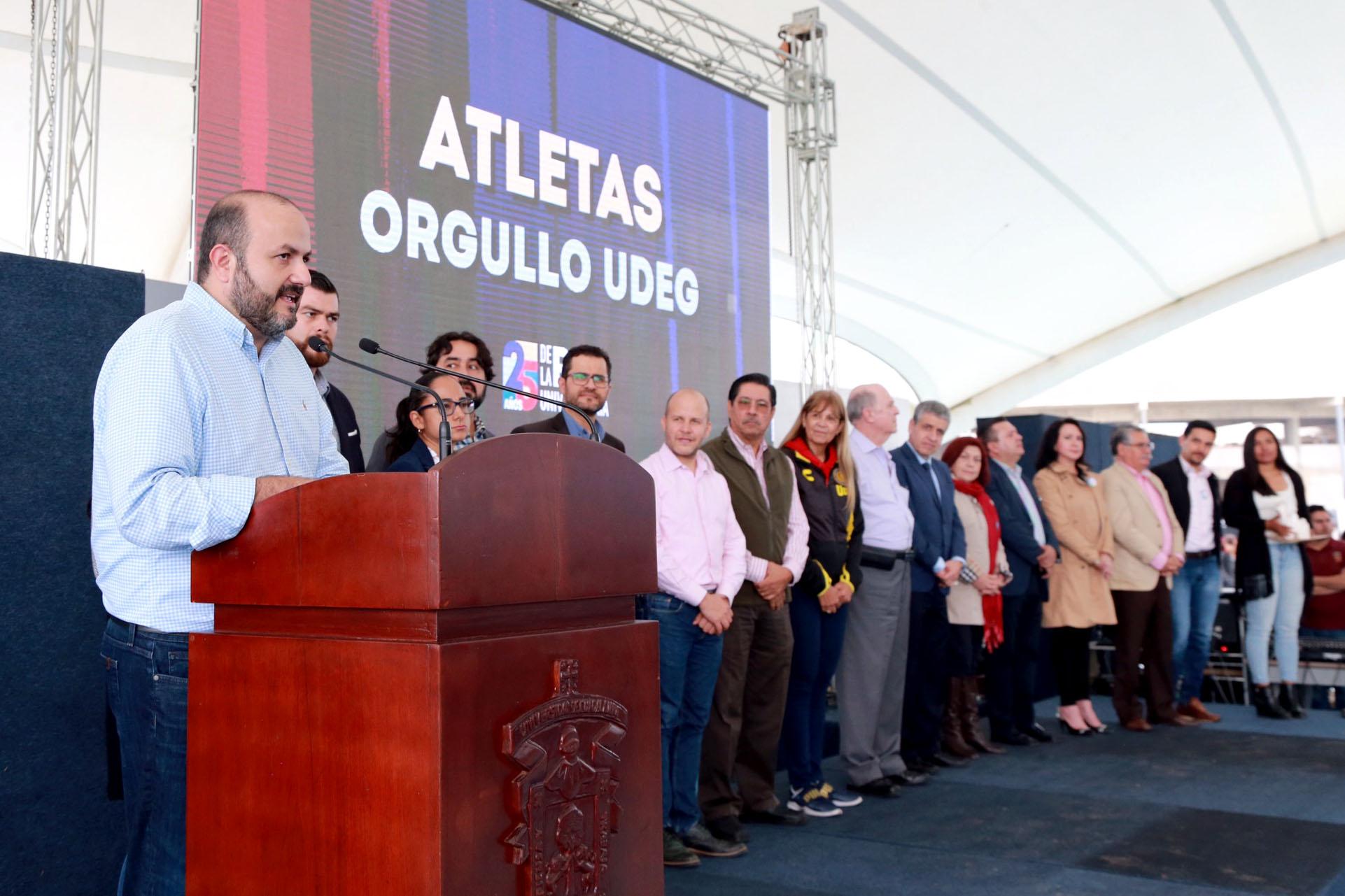 En su mensaje el Rector General, doctor Ricardo Villanueva, en los festejos en CUValles por aniversario de la Red