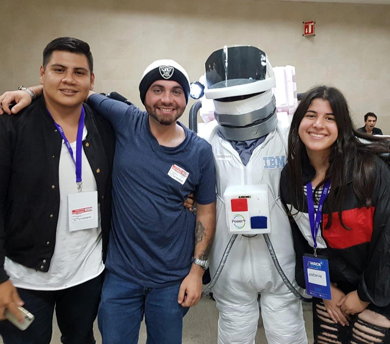 Los ganadores del tercer lugar del HackAttack 2019