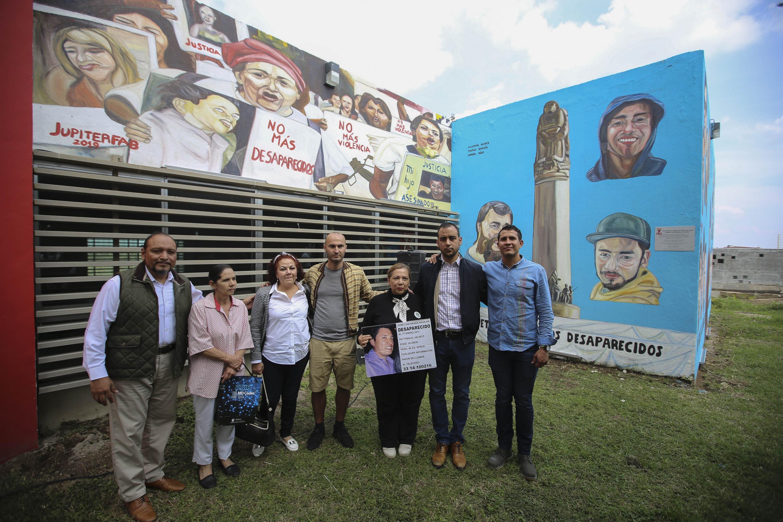 """En las instalaciones de la FEU inauguran el Mural """"Ni todos los sueños, ni todas las voces pueden ser disueltas en ácido"""" está compuesto por imágenes que muestran la lucha de las madres y familiares de las personas desaparecidas,"""