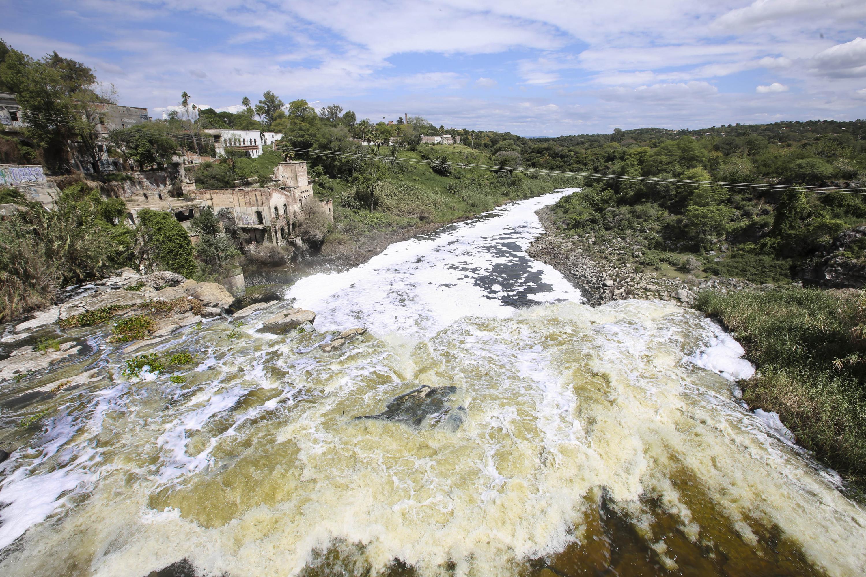 Imagen del contaminado Río Santiago