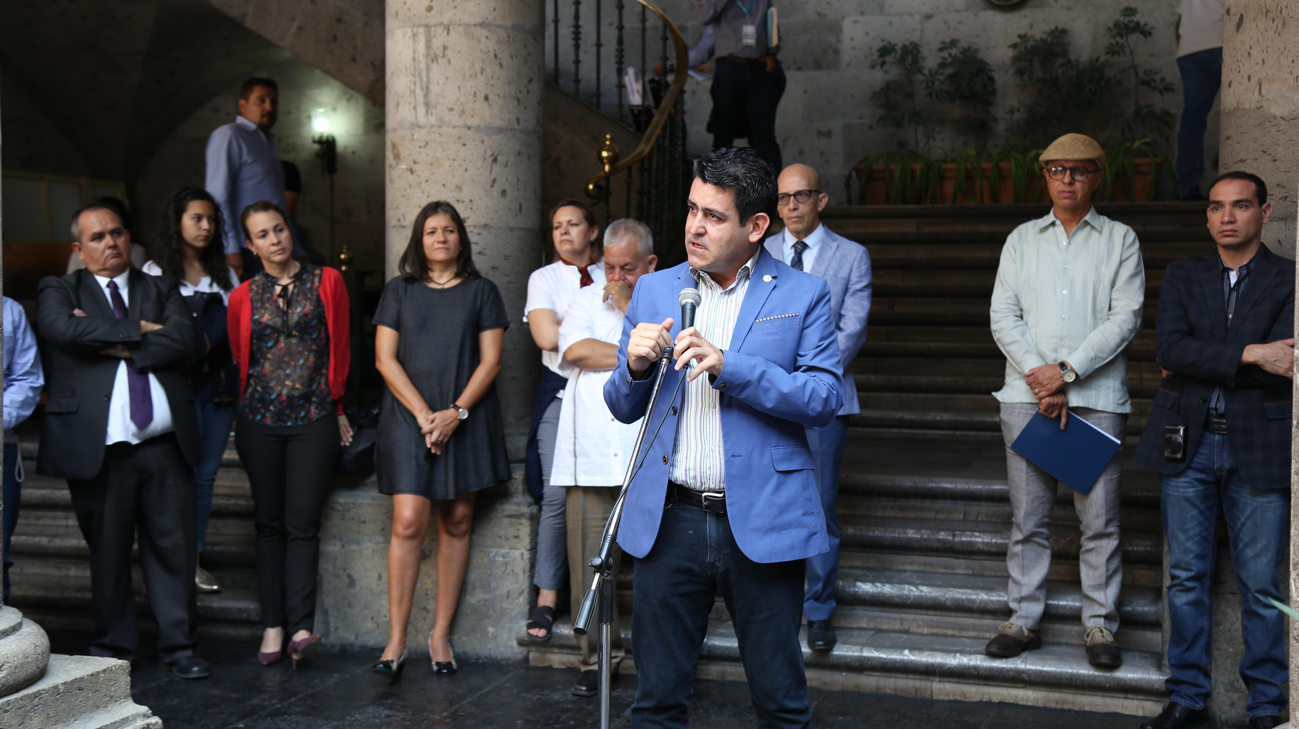Presentación de proyectos para la seguridad y mejora de espacios públicos, por parte del Centro Universitario de Arte, Arquitectura y Diseño (CUAAD) y con sede en Palacio Municipal de Guadalajara.
