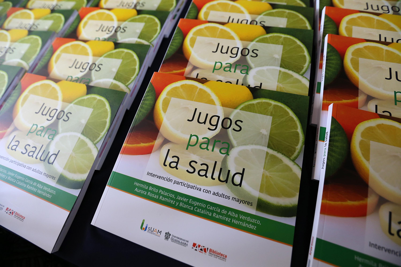 """Portada del libro: """"Jugos para la Salud """" Intervención participativa de Adultos Mayores."""