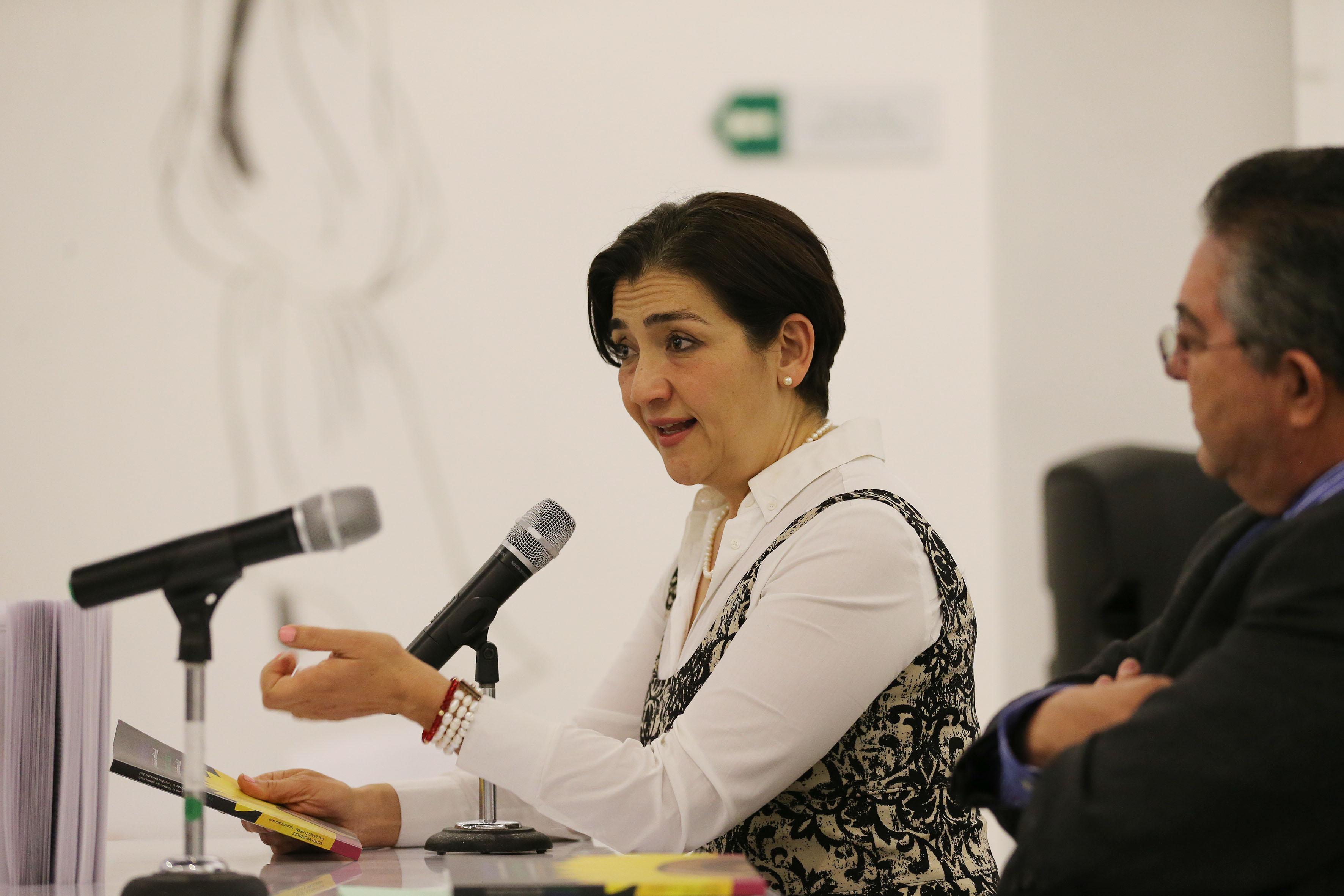 Tiitular de la Secretaría de Medio Ambiente y Desarrollo Territorial (Semadet), la bióloga Magdalena Ruiz Mejía; haciendo uso de la palabra.