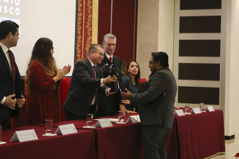 Ganadores en la ceremonia de entrega del Premio Jalisco de Periodismo 2019, realizada este 11 de diciembre en el Auditorio Santander de la Universidad Panamericana (UP)
