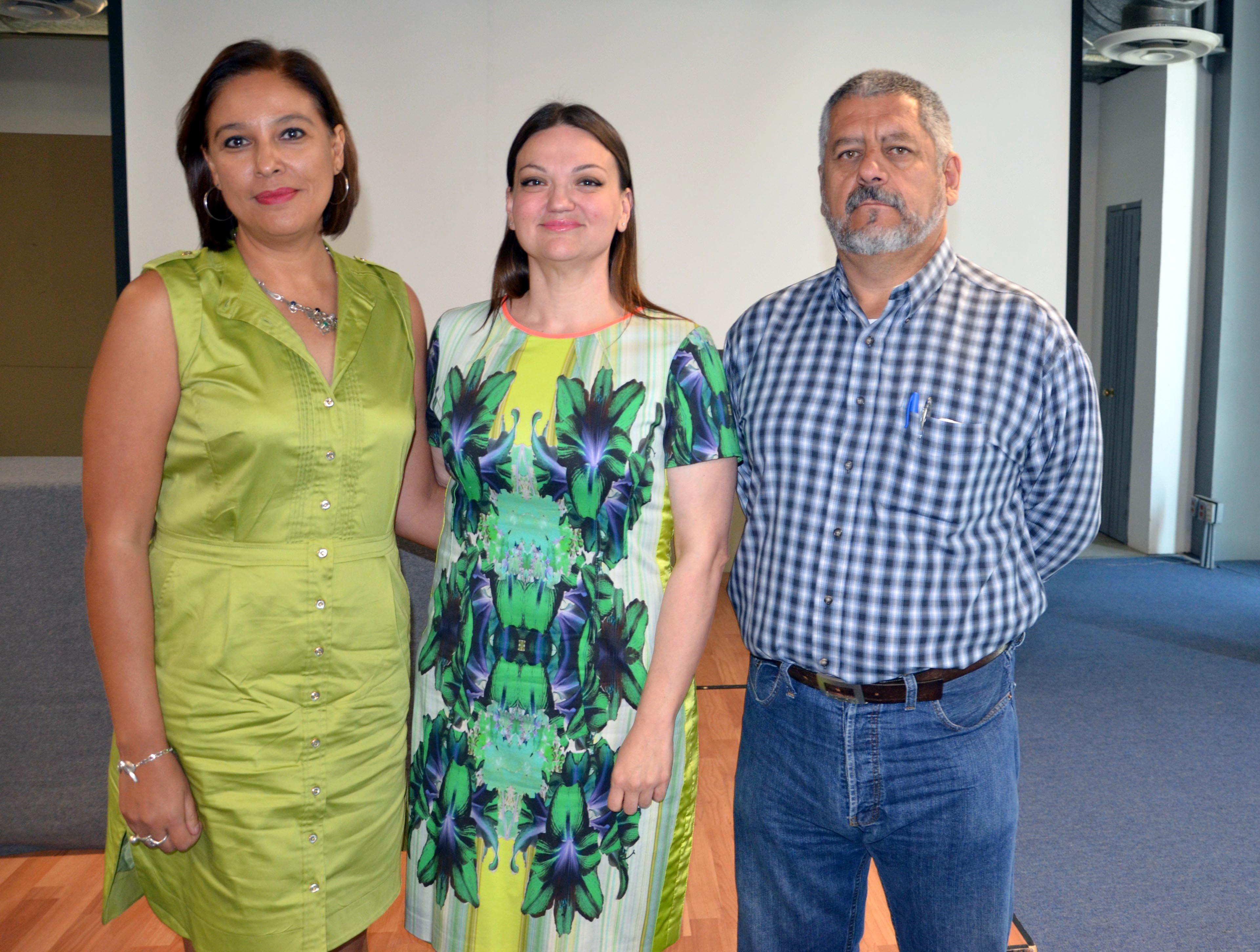Dra. Ana Cecilia Morquecho Güitrón, Mtra. Maria Felicitas Parga, Dr. Pedro Javier Guerrero Medina  candidatos a Rector del CUCiénega