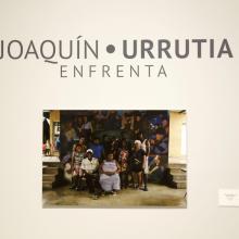 Fotografía con la que se abre la exposición ENFRENTA del artista Joaquin Urrutia