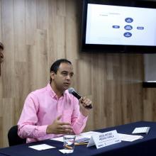 El Presidente de la FEU y vocero de la Conem, Jesus Arturo Medina Varela e rueda de prensa