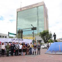 Autoridades de la Universidad de Guadalajara, la Secretaría de la Defensa Nacional y del Club del Libro del American School Fundation of Guadalajara, informando pormenores de la fase dos del Plan UdeG Emergencia Nacional.