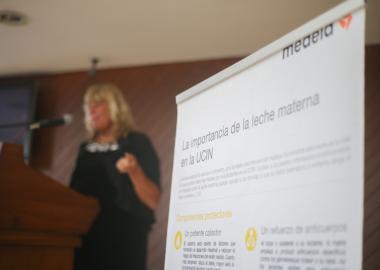 """Especialistas en Neonatología, participando en el 1er Congreso """"La ciencia de la leche humana en la terapia intensiva neonatal"""" en el Antiguo Hospital Civil de Guadalajara."""