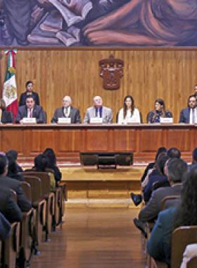 Consejo Directivo de Red de Derechos Humanos en Paraninfo de la Universidad de Guadalajara