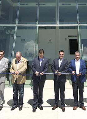 Autoridades estatales y universitarias en  Inauguración de instalaciones CRECE en CUValles,